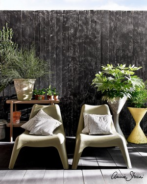 Athenian-Black-and-Olive-with-Lacquer-Outdoor.jpg
