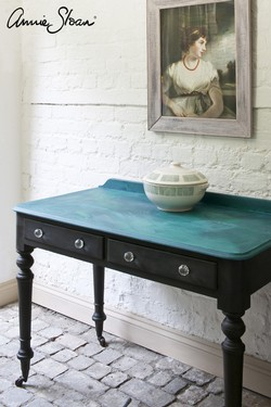 Florence, Aubusson Blue, Graphite, Malachite effect table image 1 (1) - Copia.jpg