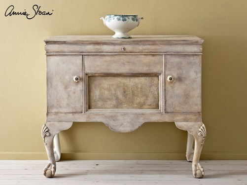 Versailles-Wall-Paint,-Old-White-Dark-Wax-French-rustic-sideboard-image-1 (1).jpg
