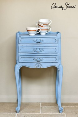 louis-blue-side-table_-archive-_-72dpi-image-3.jpg